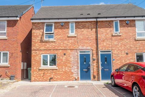 3 bedroom semi-detached house for sale - a Rochester Road, Birstall, Batley