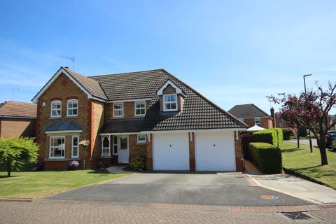 4 bedroom detached house for sale - The Holt, Bishops Cleeve, Cheltenham, Gloucestershire, GL52