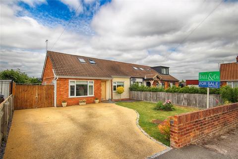 3 bedroom semi-detached house for sale - Wessex Drive, Cheltenham, Gloucestershire, GL52