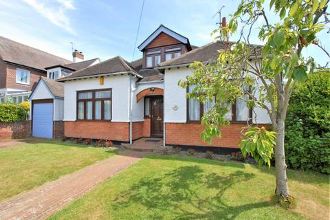 4 bedroom detached house for sale - Fairlight Road, Hythe, CT21