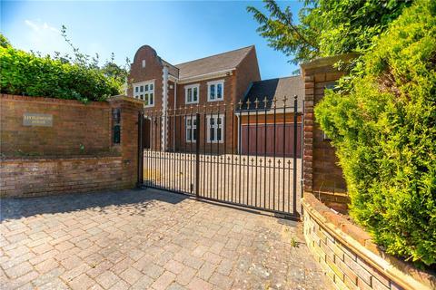 5 bedroom detached house to rent - Cross Road, Sunningdale, Berkshire, SL5