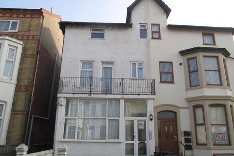 1 bedroom flat to rent - Withnell Road, Blackpool FY4