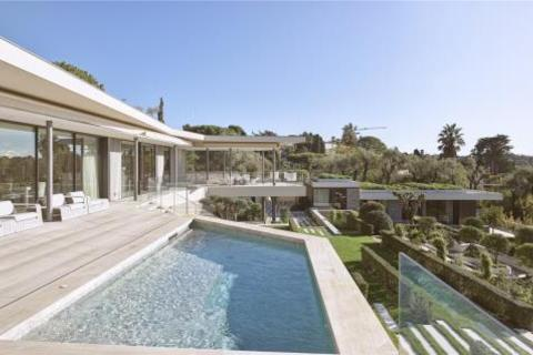 9 bedroom house - Cap D'Antibes, French Riviera