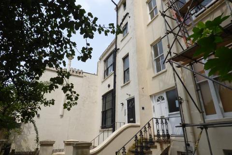 1 bedroom flat to rent - Sillwood Terrace,  Flat 3, BRIGHTON, BN1 2LR