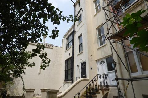 Studio to rent - Sillwood Terrace, BRIGHTON, BN1 2LR