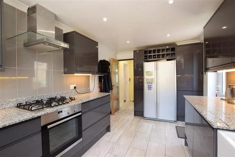 3 bedroom semi-detached house for sale - Staplefield Drive, Brighton, East Sussex