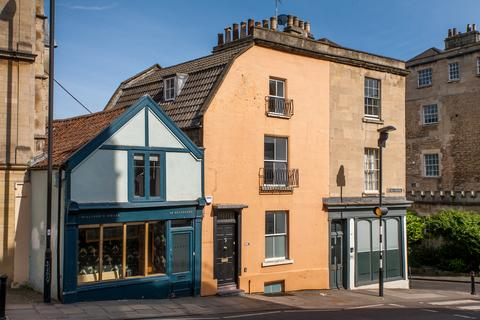2 bedroom terraced house for sale - Belvedere, Bath, Somerset, BA1