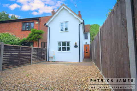 3 bedroom detached house for sale - Layer Breton Heath