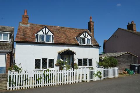 2 bedroom detached house for sale - Campton Road, SHEFFORD, Bedfordshire