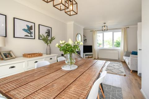 2 bedroom end of terrace house for sale - Nursery Drive, Holgate, YO24
