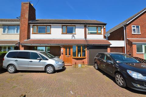 3 bedroom semi-detached house for sale - Sussex Road, Wigston, LE18 4WQ