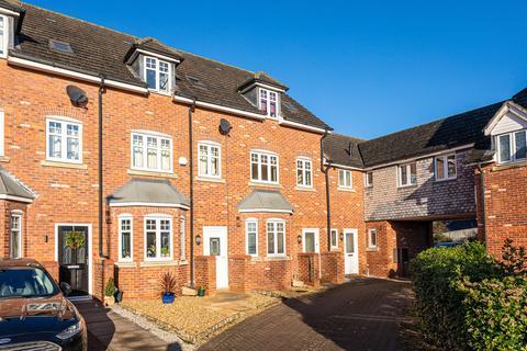 3 bedroom terraced house to rent - Haydn Jones Drive