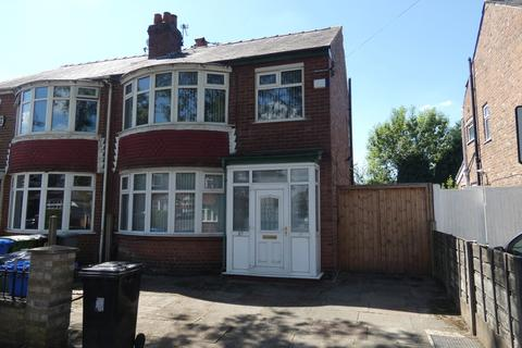 3 bedroom semi-detached house to rent - Sutherland Road, Firswood