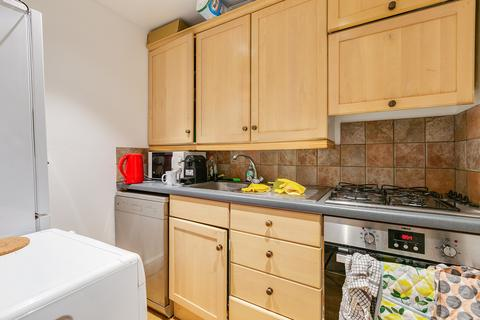 2 bedroom flat to rent - Winchester Street, Pimlico, London
