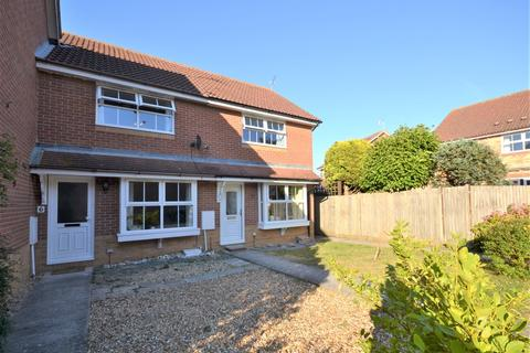 2 bedroom end of terrace house for sale - Finches Close, Wick, Littlehampton