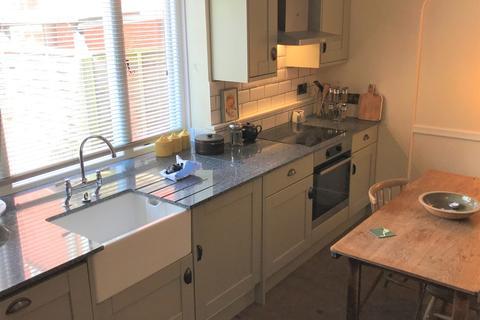 2 bedroom ground floor flat to rent - Cow Hill, Norwich