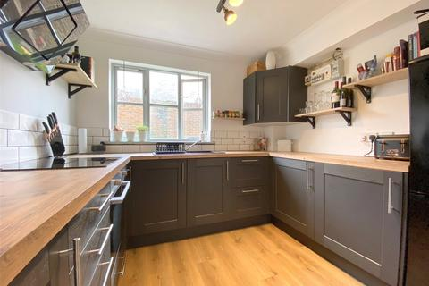 1 bedroom apartment for sale - Wheelwrights Lodge, West Street, Sompting, West Sussex, BN15