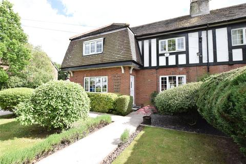 3 bedroom semi-detached house to rent - Belvedere Road, Leeds, West Yorkshire
