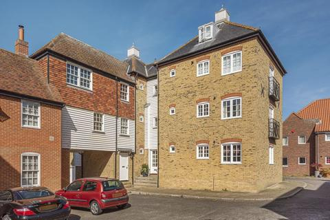 1 bedroom ground floor flat for sale - Stour Court, Sandwich