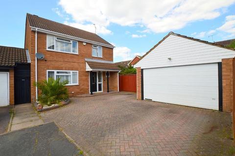 4 bedroom detached house for sale - Sheringham Close, Warden Hills, Luton, Bedfordshire, LU2 7AN