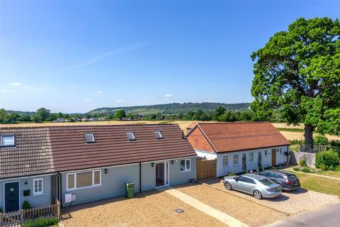 4 bedroom house for sale - Wellhouse Road, Brockham, Betchworth, Surrey, RH3