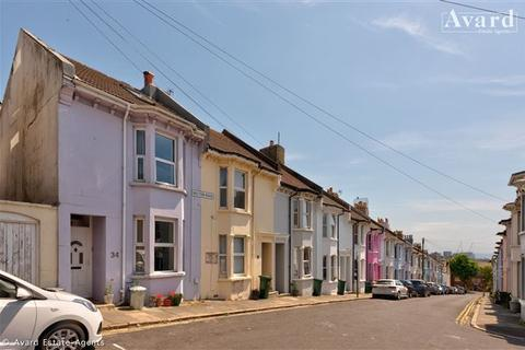 3 bedroom terraced house for sale - Belton Road, Brighton, East Sussex, BN2 3RE