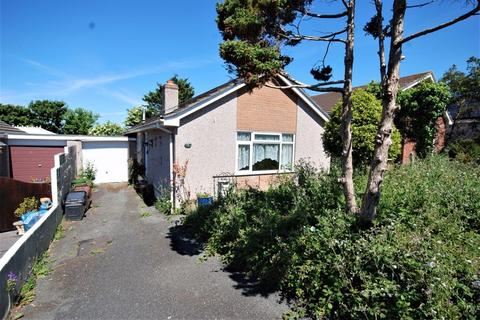 2 bedroom detached bungalow for sale - Hawthorn Drive, Plymouth. Fabulous location - Detached bungalow - PROPERTY IN NEED OF REFURBISHMENT