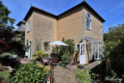 3 bedroom detached house for sale - Wellsway, Bath