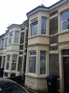 2 bedroom terraced house to rent - Hayward Road, Barton Hill, Bristol