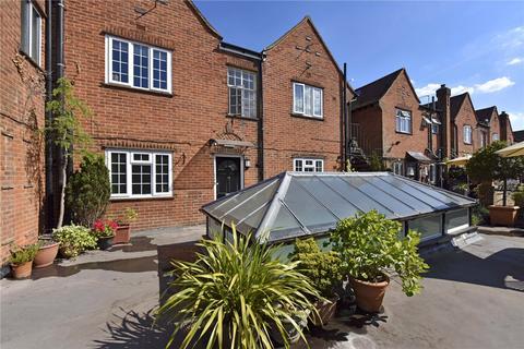 4 bedroom apartment to rent - Packhorse Road, Gerrards Cross, SL9