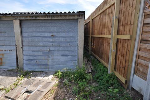 Garage for sale - Hawthorn Close, Chelmsford, CM2