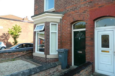 3 bedroom terraced house to rent - Broom Avenue, Manchester
