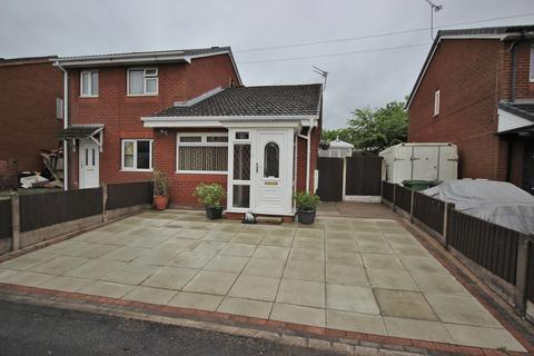 1 bedroom bungalow for sale - Lower Church Street, Widnes, WA8