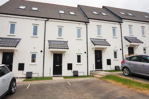 3 bedroom terraced house to rent - Granite Way, Liskeard