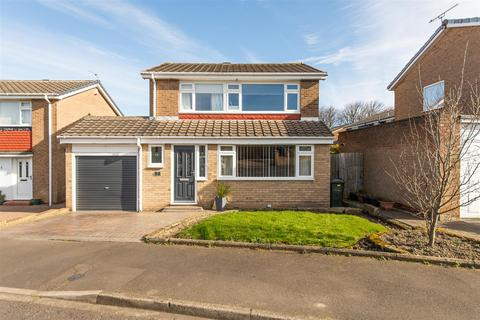 3 bedroom detached house for sale - Gleneagle Close, Chapel Park, Newcastle Upon Tyne