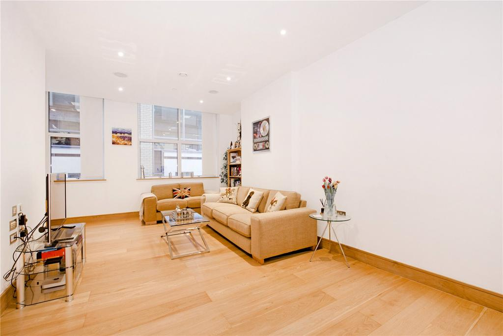 2 Bedrooms Flat for sale in Red Lion Court, London