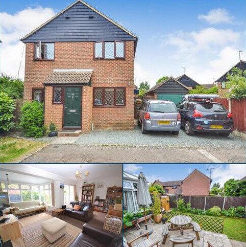 4 bedroom detached house for sale - Lyndhurst Drive, Bicknacre