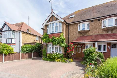 6 bedroom semi-detached house for sale - Carlton Avenue, Broadstairs