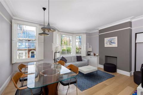 3 bedroom flat for sale - Dynham Road, West Hampstead, London