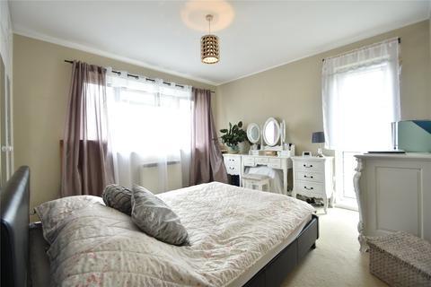 2 bedroom apartment to rent - Croxley Rise, Maidenhead, Berkshire, SL6