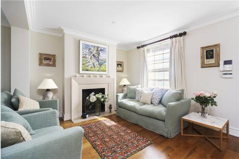 3 bedroom terraced house to rent - Caroline Terrace Belgravia London SW1W