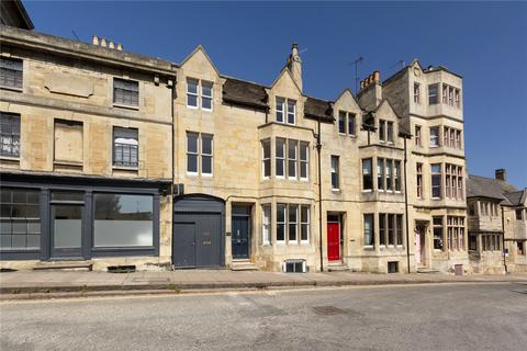 4 bedroom house - St. Peters Hill, Stamford