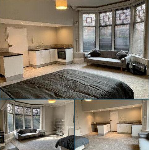 Studio to rent - STRENSHAM HILL, MOSELEY B13
