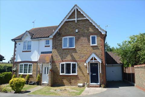 3 bedroom semi-detached house for sale - Nash Drive, Broomfield, Chelmsford