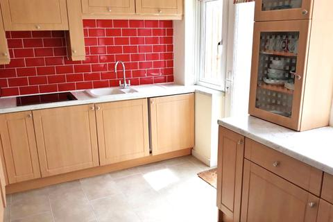 3 bedroom house share to rent - Orchard Road, Dagenham, Essex, RM10