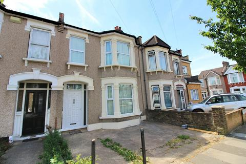 3 bedroom terraced house to rent - Clandon Road, Seven Kings, Essex IG3
