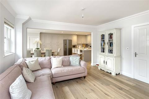 4 bedroom terraced house to rent - Eveleigh Avenue, Bath, Somerset, BA1