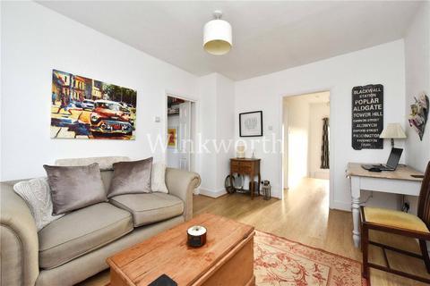 1 bedroom flat for sale - Hampden Road, Harringay Ladder, London, N8