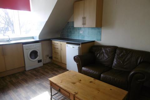 2 bedroom flat to rent - Merkland Road, City Centre, Aberdeen, AB24 3HR