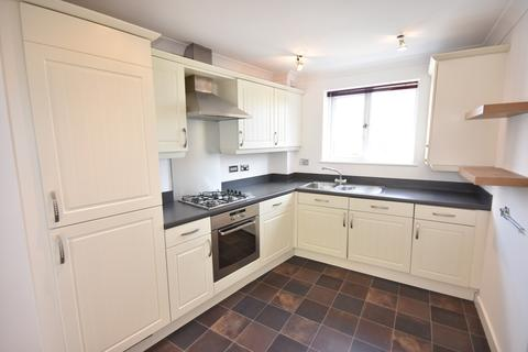 2 bedroom flat to rent - Chillingham Road, Heaton